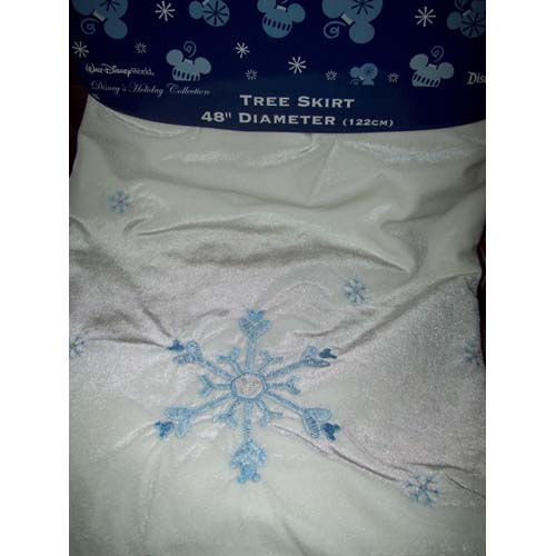 Disney Christmas Tree Skirt   Holiday Snowflake Mickey Mouse Icon