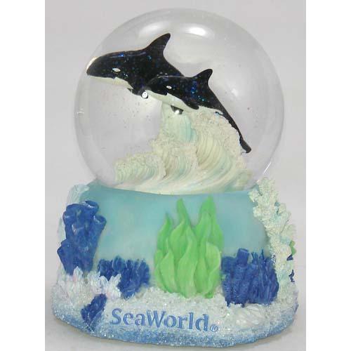 Sea World Snow Globe Bright Orca Shamu Killer Whale