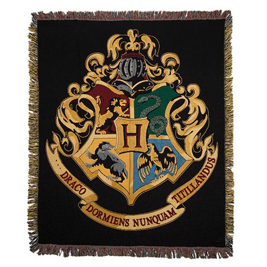 your wdw store universal throw hogwarts crest throw. Black Bedroom Furniture Sets. Home Design Ideas