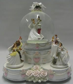 Your Wdw Store Disney Snow Globe Princess Wedding Cake