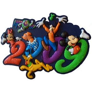 Disney Magnet - 2009 Logo Mickey and Pals
