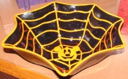 Disney Dish - Spider Web with Mickey