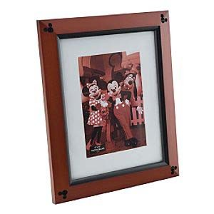 disney picture frame cherry wood frame 8 x 10. Black Bedroom Furniture Sets. Home Design Ideas