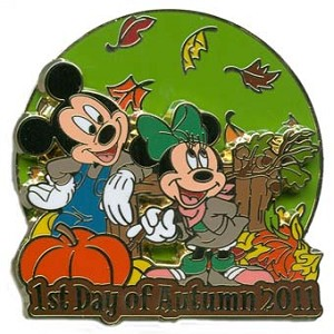 Disney First Day of Autumn Pin - 2011 - Mickey and Minnie Mouse