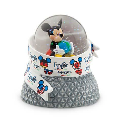 Disney Christmas Snow Globes.Disney Snow Globe Epcot Mickey Mouse