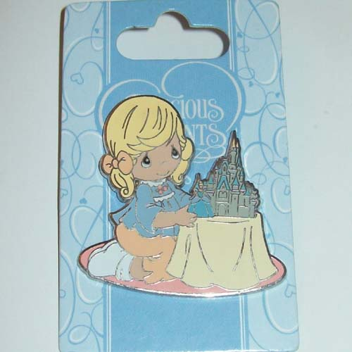 Disney Precious Moments Pin - Cinderella and her Magic Castle