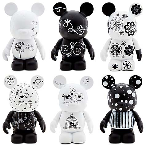 Disney vinylmation Figure Set - Black & White 6-Pc. 3'' Figure Set