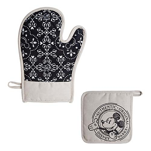 Disney Oven Mitt and Potholder - Gourmet Mickey Mouse Icon - Black