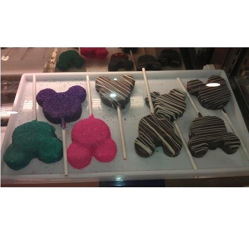 Disney Minnie S Bake Shop Mickey Mouse Cake Pops