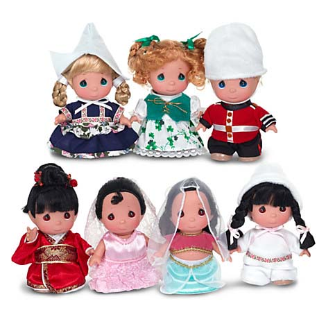 Disney Precious Moments Doll Set Its A Small World