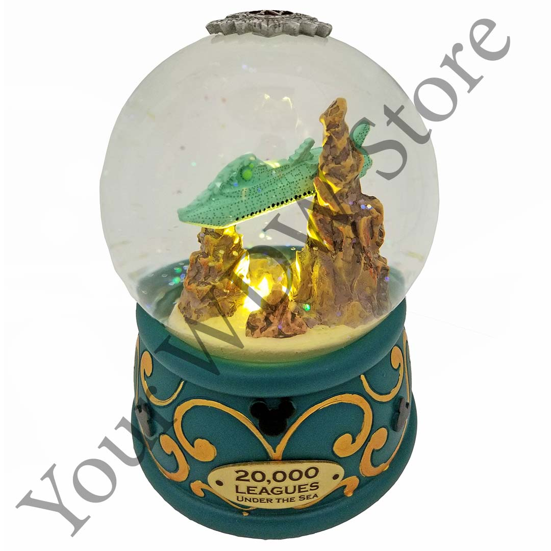 20,000 Leagues Under the Sea Submarine Snow Globe