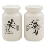 Disney Salt and Pepper Shakers - Classic Mickey and Minnie Mouse