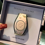 Disney Dooney & Bourke MagicBand 2 Bracelet - Chef Minnie Mouse - Epcot Food & Wine Festival 2019