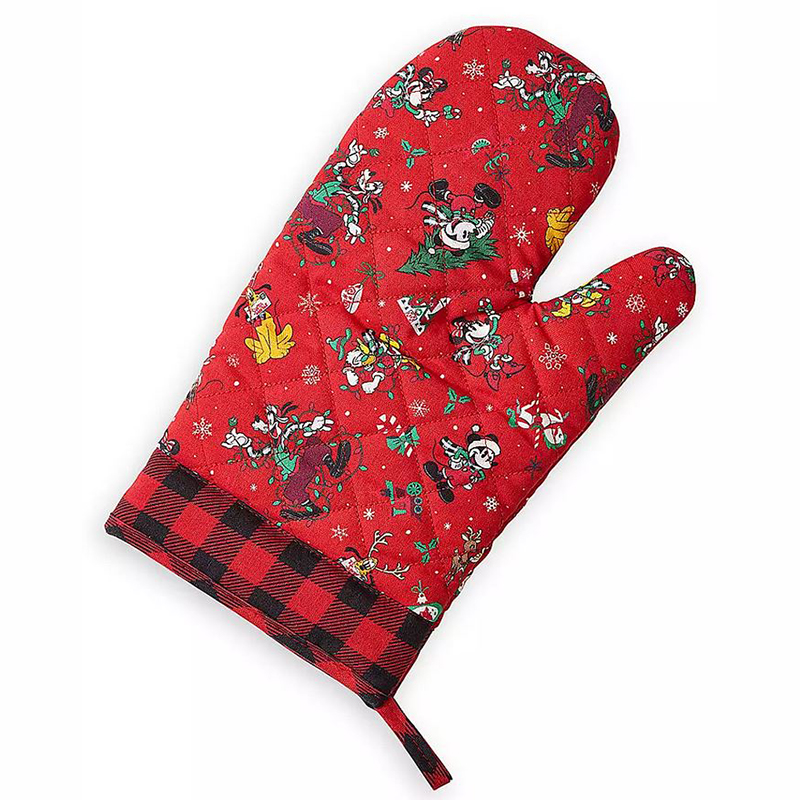Disney Oven Mitt - Mickey Mouse & Friends Holiday - Yuletide Farmhouse