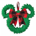 Disney Holiday Plush Wreath - Mickey Mouse Icon - Yuletide Farmhouse