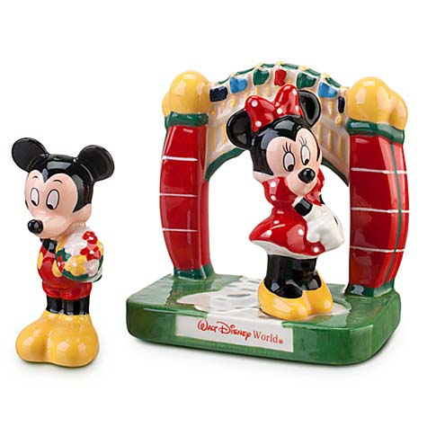 Disney Salt and Pepper Shakers - Mickey and Minnie at the Gate
