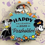 Disney Pin - Halloween 2020 - Mickey Donald Goofy - Passholder