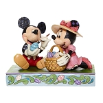 Disney Traditions by Jim Shore - Mickey and Minnie Decorating Eggs