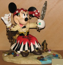 Disney Big Figure Statue - Minnie Mouse - Pirates of the Caribbean