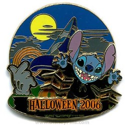 Disney Haunted Parks 2006 Pin - Stitch