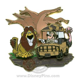 Disney Artist Choice Pin - Mickey Mouse on Safari