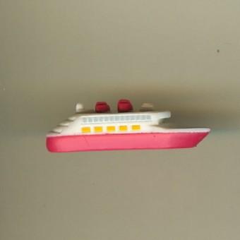 Your WDW Store Disney Series Mini Figure DISNEY CRUISE SHIP - Toy disney cruise ship