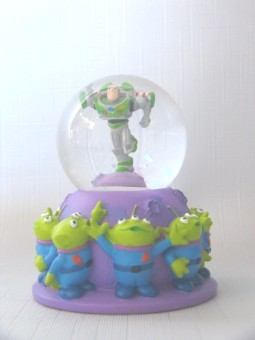 Disney Snow Globe - Buzz Lightyear & Little Green Men