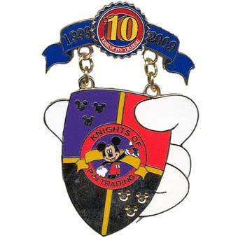 Disney Pin Trading 10th Anniversary Pin - Tribute - Knights