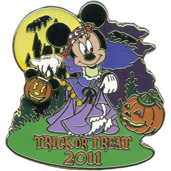 Disney Halloween Pin - Trick or Treat 2011 - Minnie Mouse as a Gypsy