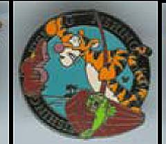 Disney Cast Lanyard Pin - Tigger Activities - Fishing