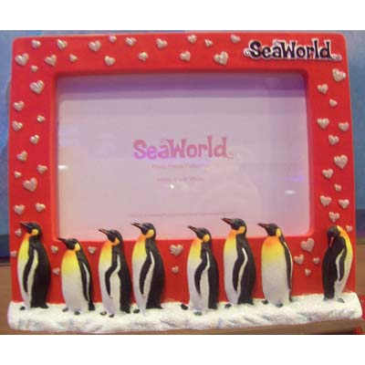 SeaWorld Picture Frame - Penguin Family Pink Hearts - 4 x 6