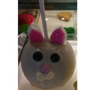 Disney Goofy Candy Co. - Caramel Apple - Easter Bunny