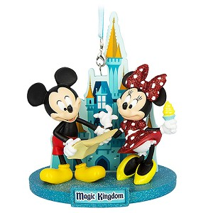 Disney Figure Ornament - Mickey and Minnie at Magic Kingdom