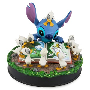 Disney Medium Figure - Stitch and the Ugly Ducklings