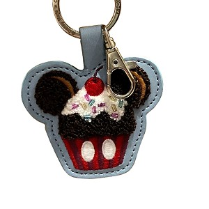 Disney Keychain Keyring - Mickey Cupcake - Sweet Treat - Latch Hook Style