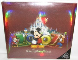 Disney Scrapbook Album 12 x 12 - 2007 Mickey Mouse