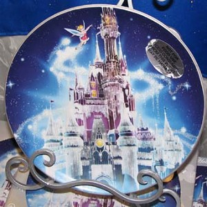 Disney Collectors Plate - 2009 Happy Holidays Tinker Bell Ice Castle