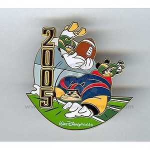 Disney Football Game Pin - Mickey Mouse, Donald Duck, Pete