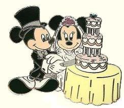 Mickey And Minnie Wedding.Disney Mickey Minnie Pin Cutting Wedding Cake