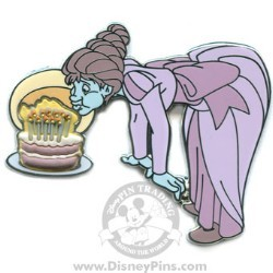 Disney The Haunted Mansion Pin - Friday the 13th - Cake Ghost