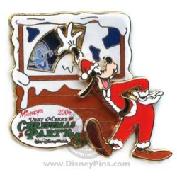 Disney Very Merry Christmas Party 2006 Pin - Donald and Goofy