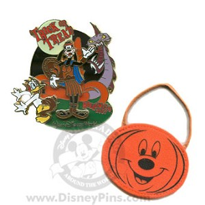 Disney Trick Or Treat 2007 Pin - Donald and Goofy
