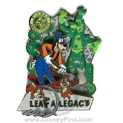 Disney Artist Choice Pin - Goofy Planting Topiary