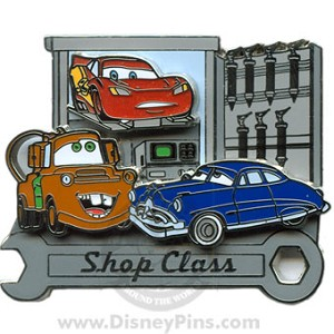Disney Pin Trading University - Shop Class - Lightning McQueen