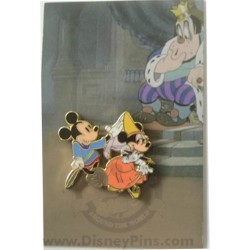 Disney Mystery Pin & Card - Mickey Through the Years - 1938 Minnie