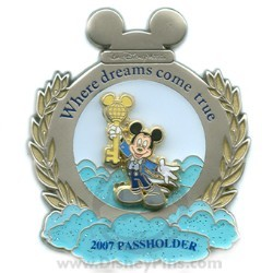 Disney Passholder Pin - Walt Disney World Resort 2007 - Mickey Mouse