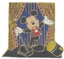 Disney Spotlight Pin - Singing - Mickey