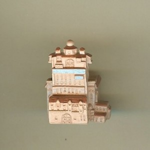Disney Series 5 Mini Figure - WDW HOLLYWOOD TOWER HOTEL