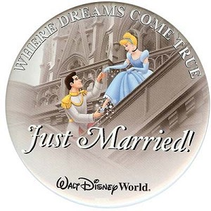 Disney Souvenir Button - Cinderella and Prince Charming - Just Married