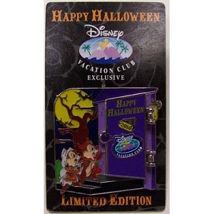 Disney Vacation Club Pin - Halloween 2010 Chip & Dale Donald